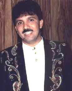 Rafael José Orozco Maestre nació en Becerril - Dpto. del Cesar un 24